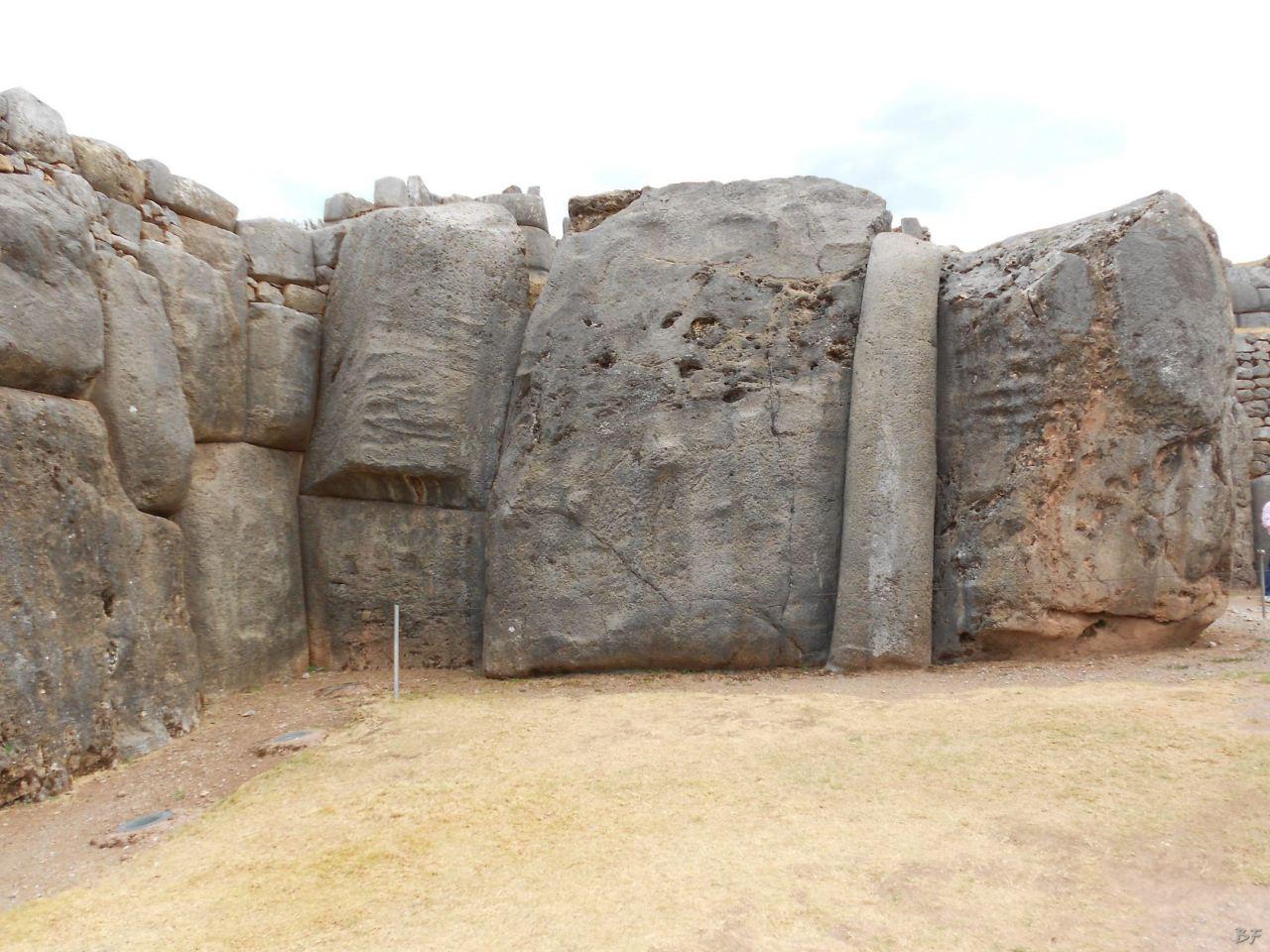 Sacsayhuamán-Mura-Megalitiche-Poligonali-Cusco-Peru-56