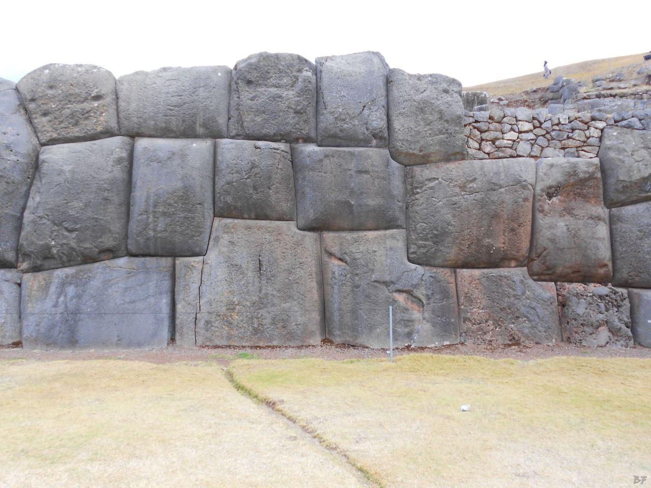 Sacsayhuamán-Mura-Megalitiche-Poligonali-Cusco-Peru-62