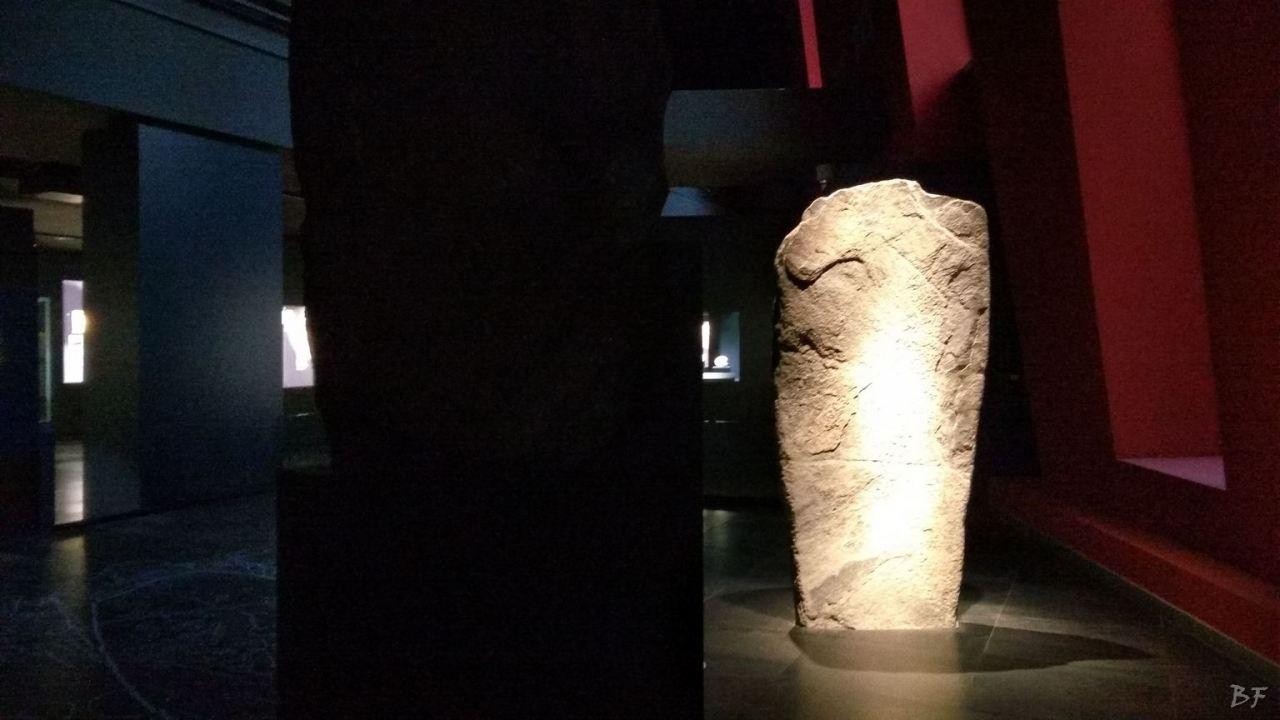 Area-Megalitica-Dolmen-Tumulo-Stele-Saint-Martin-de-Corleans-Valle-Aosta-Italia-20