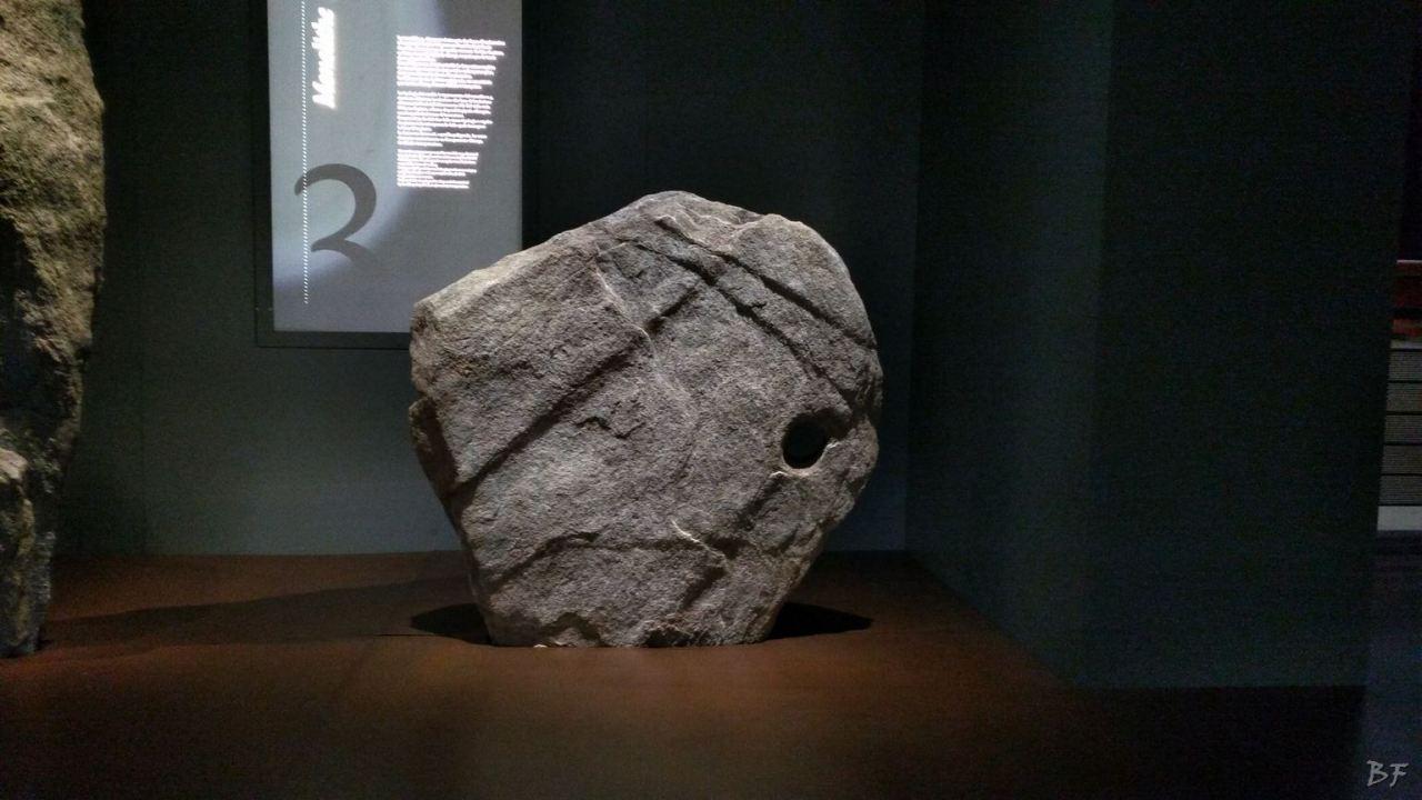 Area-Megalitica-Dolmen-Tumulo-Stele-Saint-Martin-de-Corleans-Valle-Aosta-Italia-22
