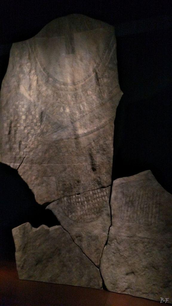 Area-Megalitica-Dolmen-Tumulo-Stele-Saint-Martin-de-Corleans-Valle-Aosta-Italia-26