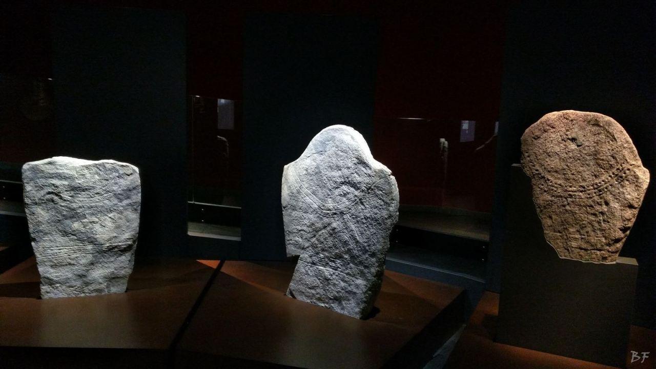 Area-Megalitica-Dolmen-Tumulo-Stele-Saint-Martin-de-Corleans-Valle-Aosta-Italia-29