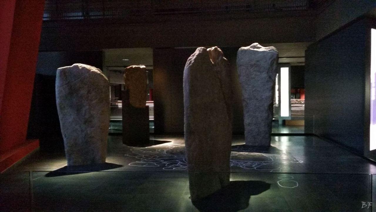 Area-Megalitica-Dolmen-Tumulo-Stele-Saint-Martin-de-Corleans-Valle-Aosta-Italia-31