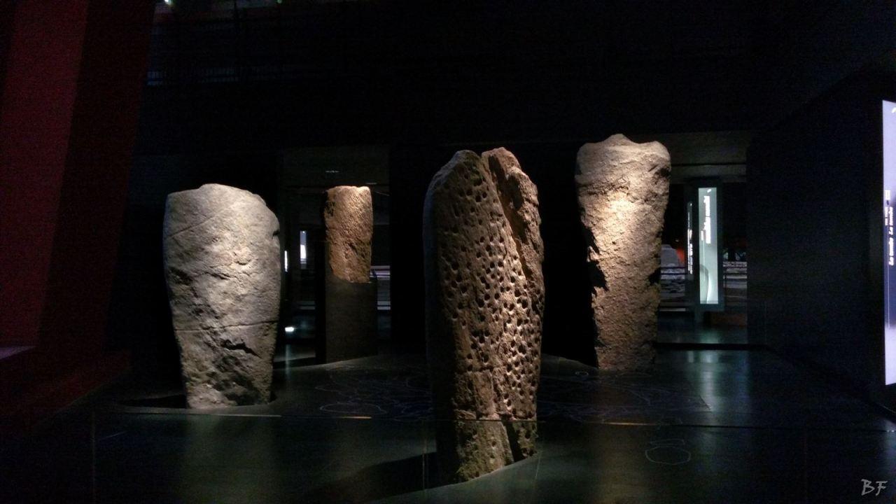 Area-Megalitica-Dolmen-Tumulo-Stele-Saint-Martin-de-Corleans-Valle-Aosta-Italia-32