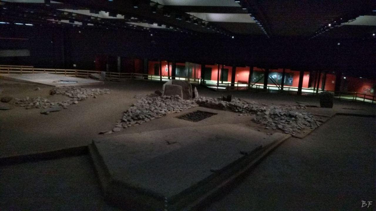 Area-Megalitica-Dolmen-Tumulo-Stele-Saint-Martin-de-Corleans-Valle-Aosta-Italia-37