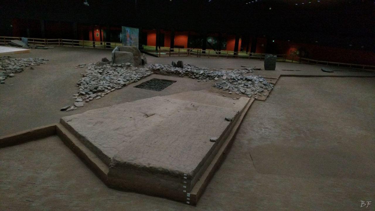 Area-Megalitica-Dolmen-Tumulo-Stele-Saint-Martin-de-Corleans-Valle-Aosta-Italia-48