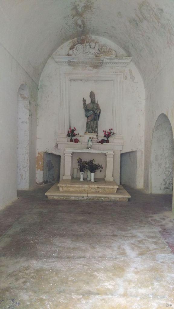 Chiesa-rupestre-San-Biagio-Ostuni-Brindisi-Salento-Puglia-Italia-4