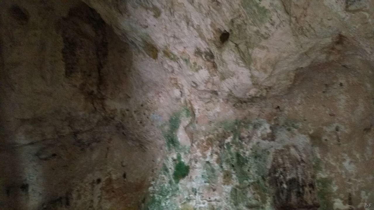 Chiesa-rupestre-San-Biagio-Ostuni-Brindisi-Salento-Puglia-Italia-6
