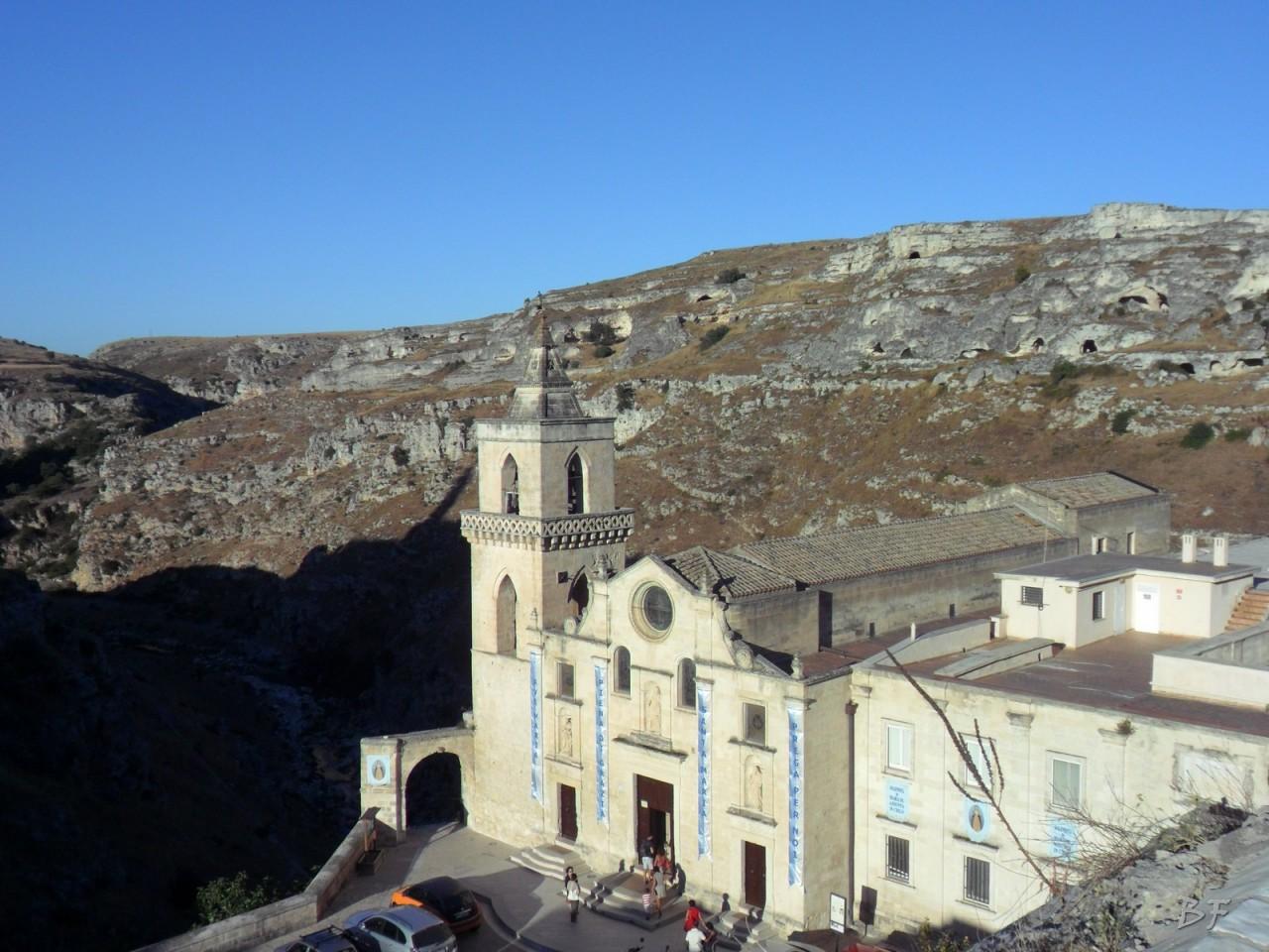 Sasso-Caveoso-Edifici-Rupestri-Megaliti-Sassi-di-Matera-basilicata-Italia-15