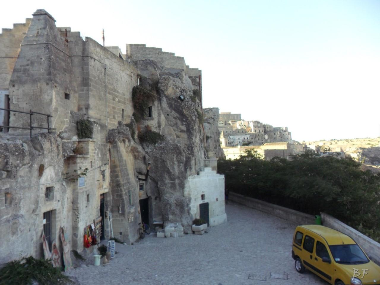 Sasso-Caveoso-Edifici-Rupestri-Megaliti-Sassi-di-Matera-basilicata-Italia-2