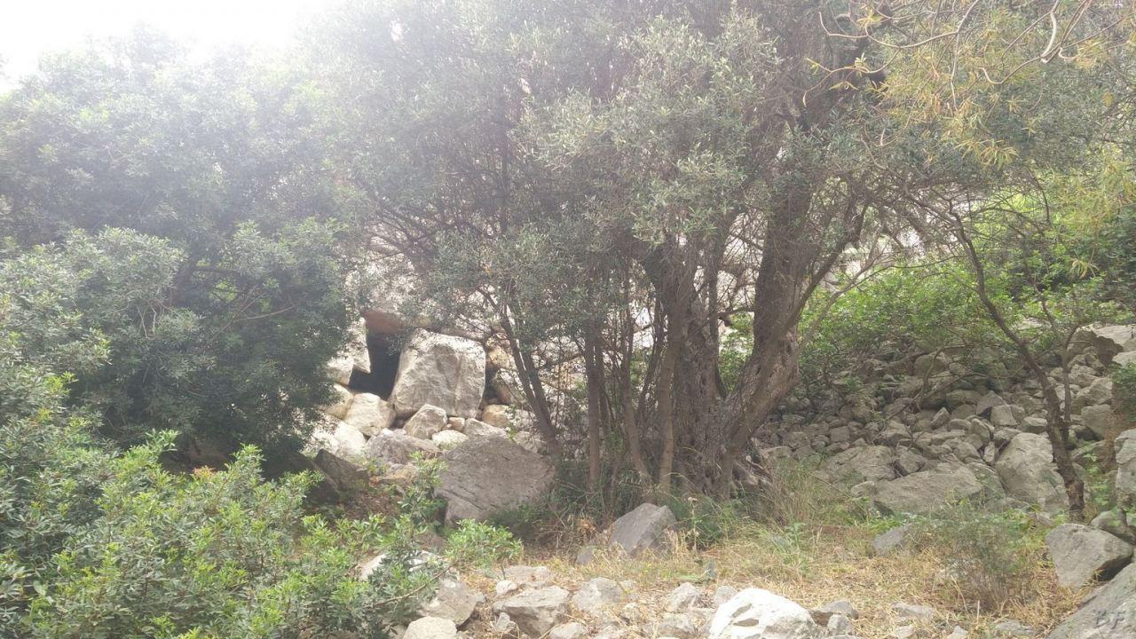 Mura-Pregne-Mura-Megalitiche-Poligonali-Dolmen-Sciara-Sicilia-Italia-24