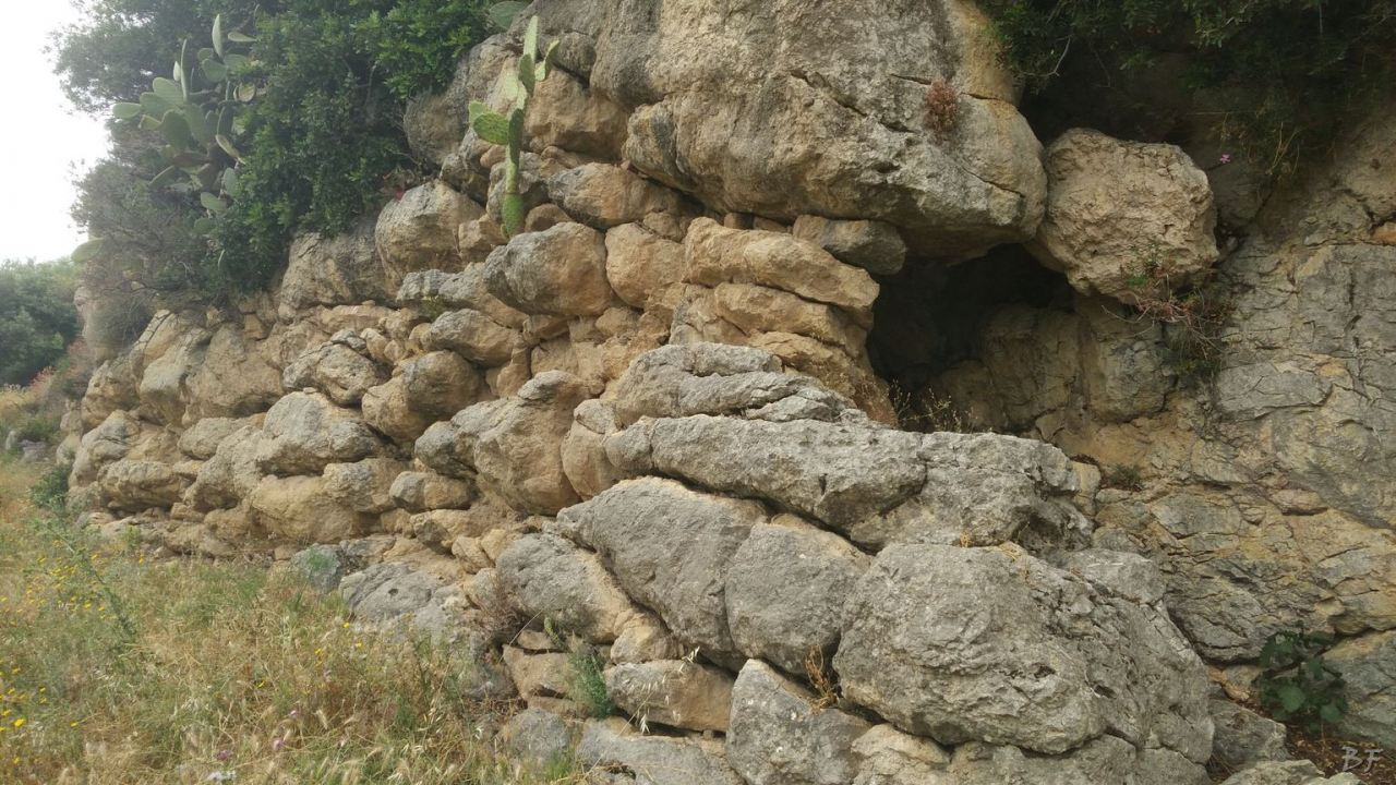 Mura-Pregne-Mura-Megalitiche-Poligonali-Dolmen-Sciara-Sicilia-Italia-27