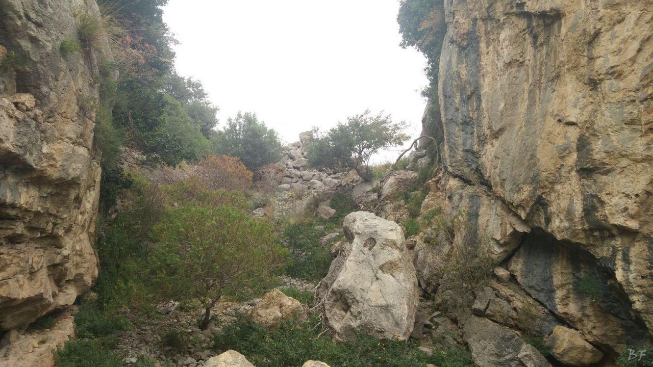 Mura-Pregne-Mura-Megalitiche-Poligonali-Dolmen-Sciara-Sicilia-Italia-29