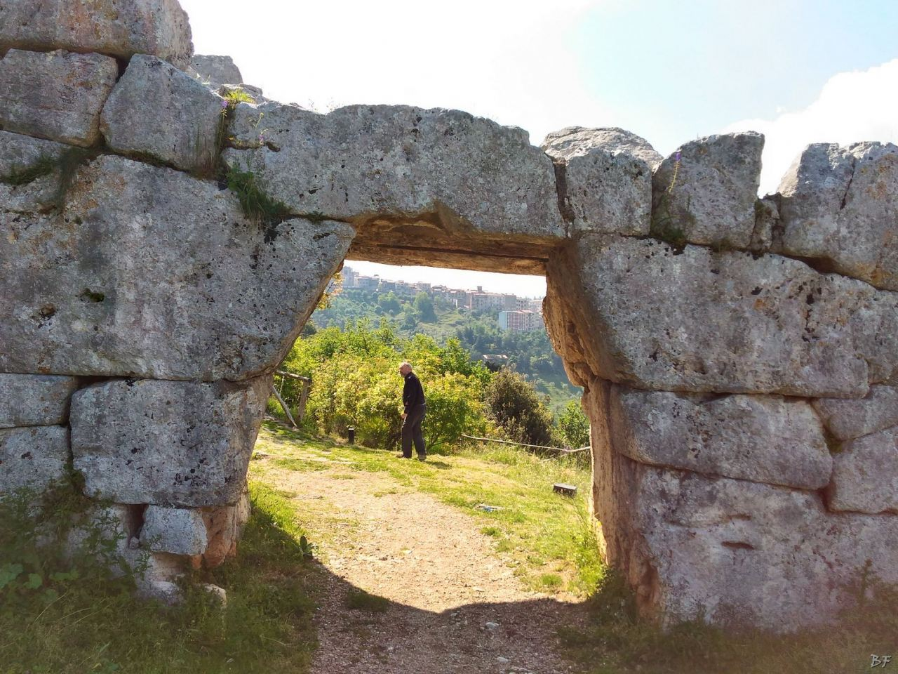 Signia-Mura-Poligonali-Megalitiche-Segni-Roma-Lazio-Italia-19