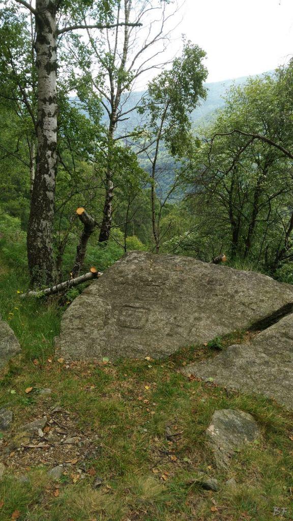 Sentiero-delle-Anime-Incisioni-Rupestri-Traversella-Valchiusella-Torino-Piemonte-1
