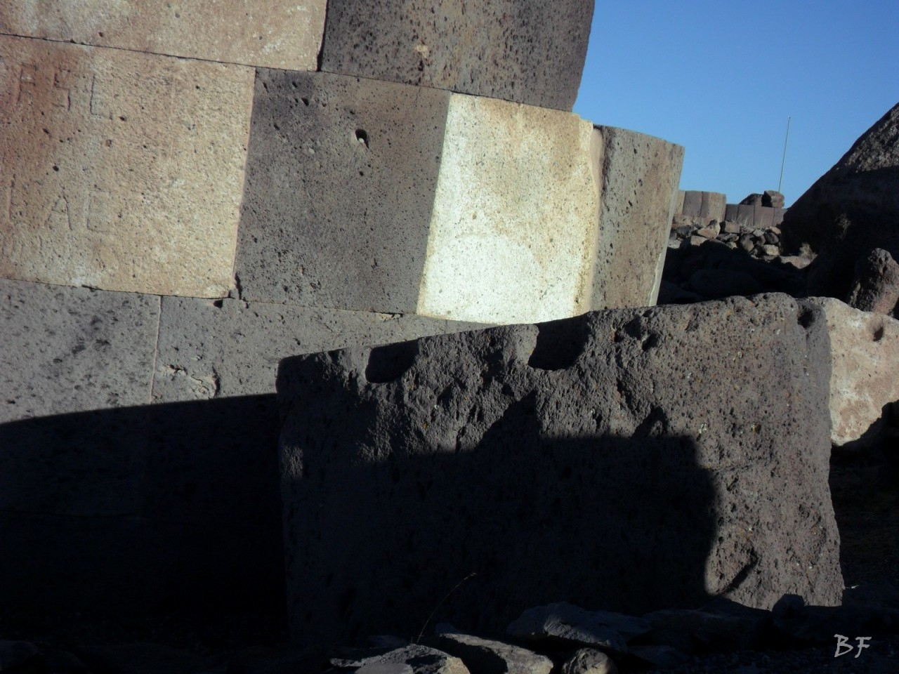 Torri-Poligonali-Megaliti-Sillustani-Puno-Perù-26