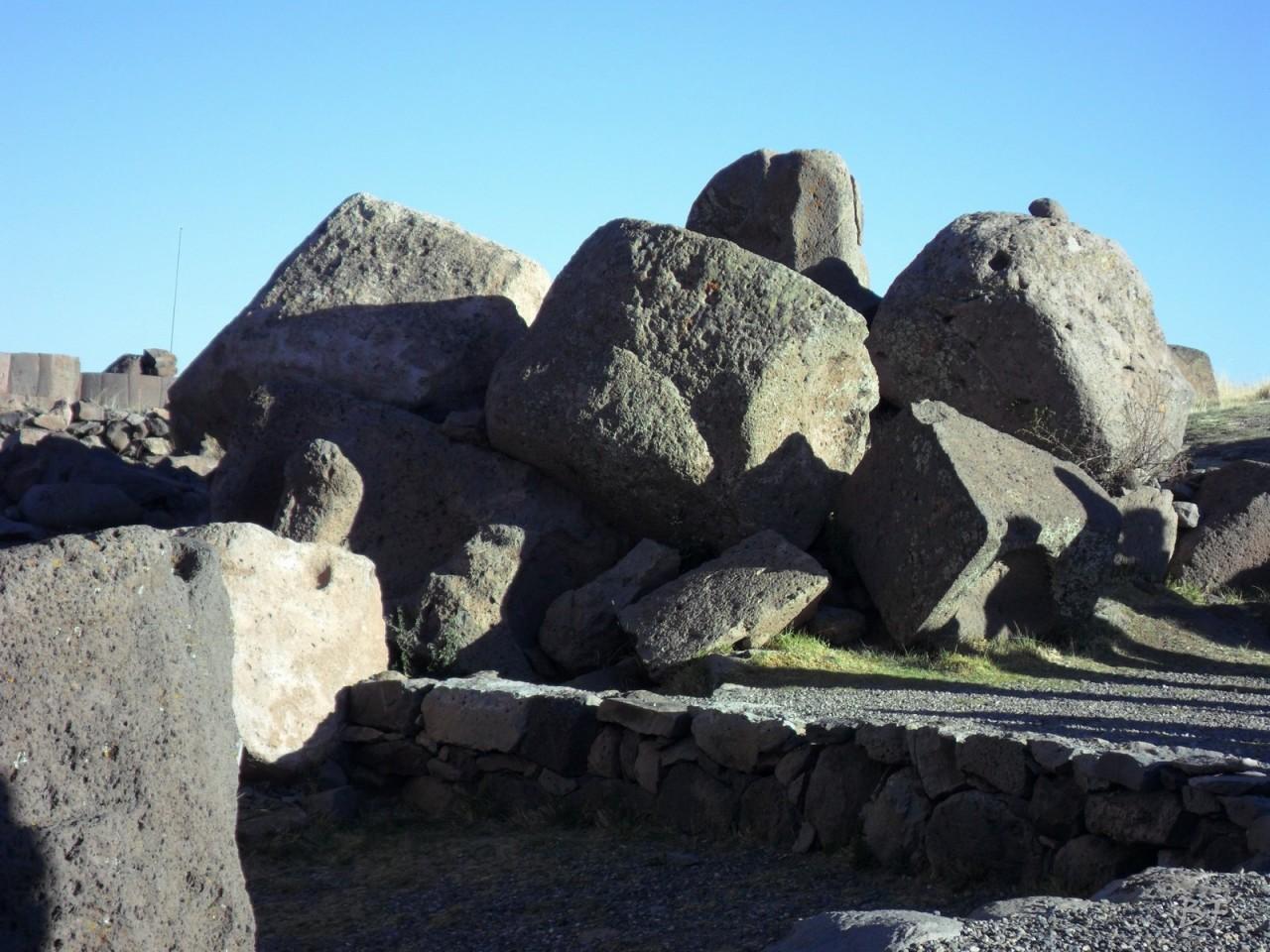 Torri-Poligonali-Megaliti-Sillustani-Puno-Perù-27