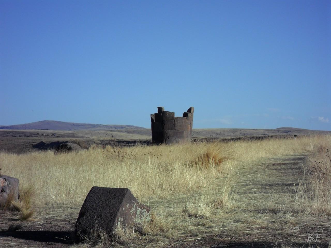 Torri-Poligonali-Megaliti-Sillustani-Puno-Perù-42