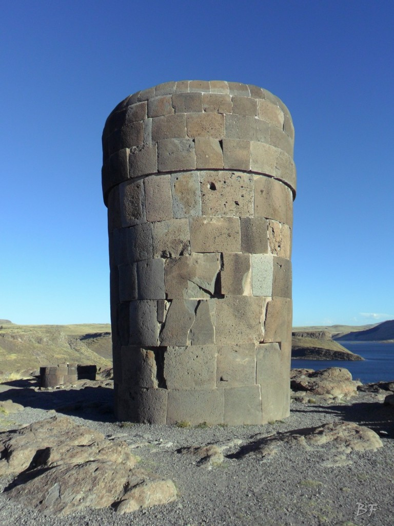 Torri-Poligonali-Megaliti-Sillustani-Puno-Perù-45