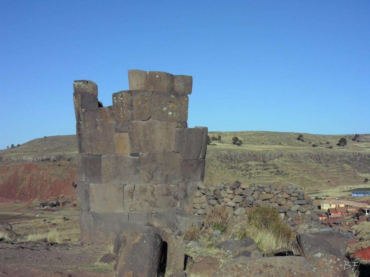 Torri-Poligonali-Megaliti-Sillustani-Puno-Perù-58