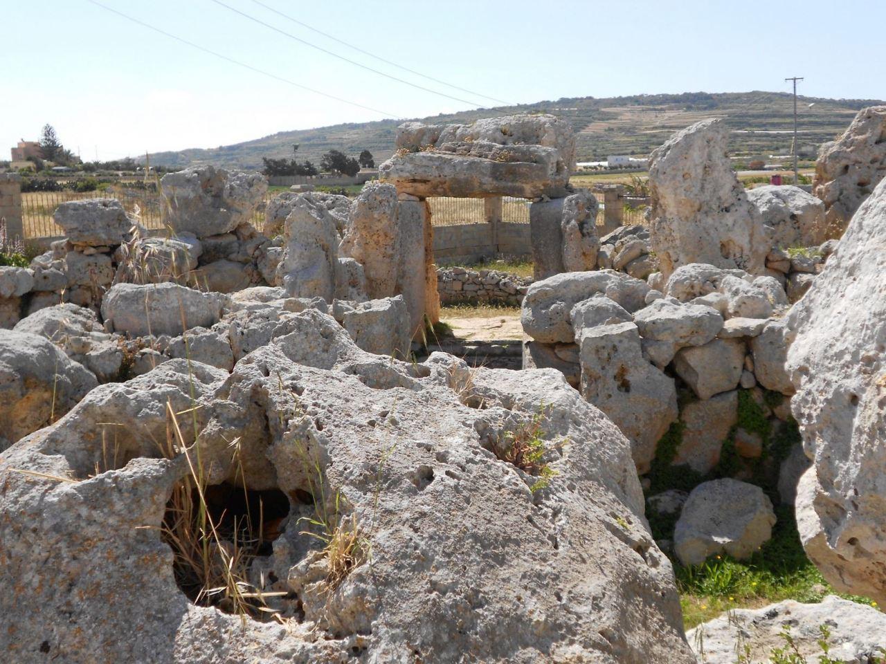 Ta-Hagrat-Tempio-Megalitico-Mgarr-Malta-1
