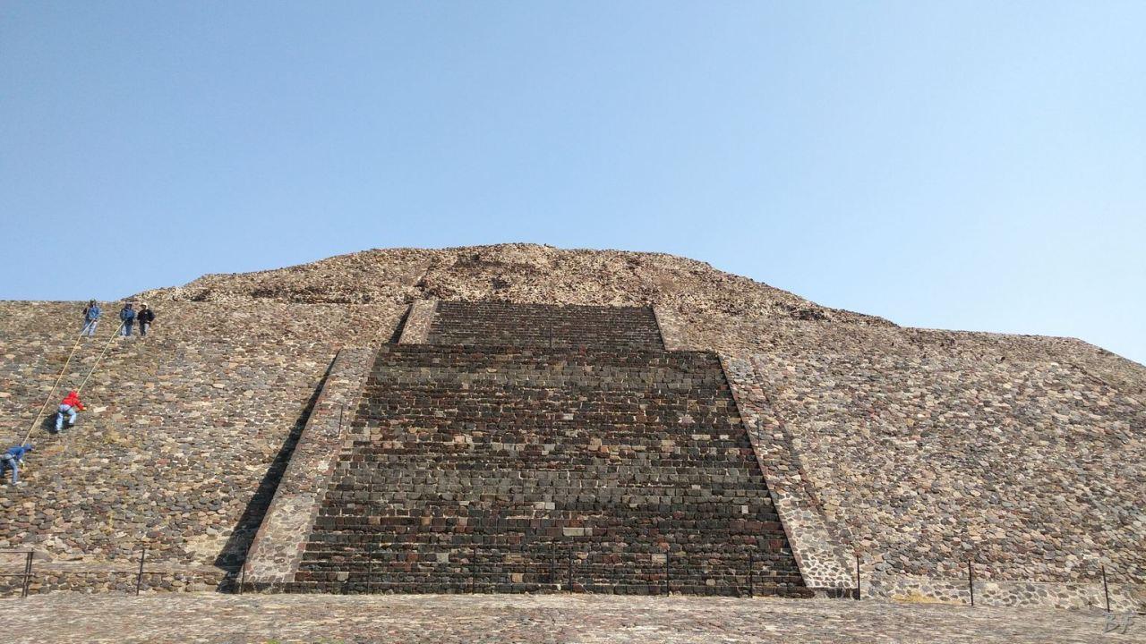 Teotihuacan-Piramide-Tempio-Messico-250