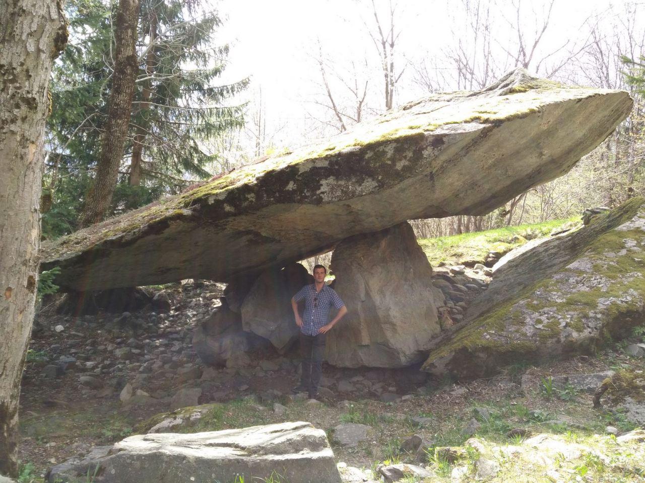 Pseudo-Dolmen-du-Thyl-Maurienne-Savoia-Francia-7