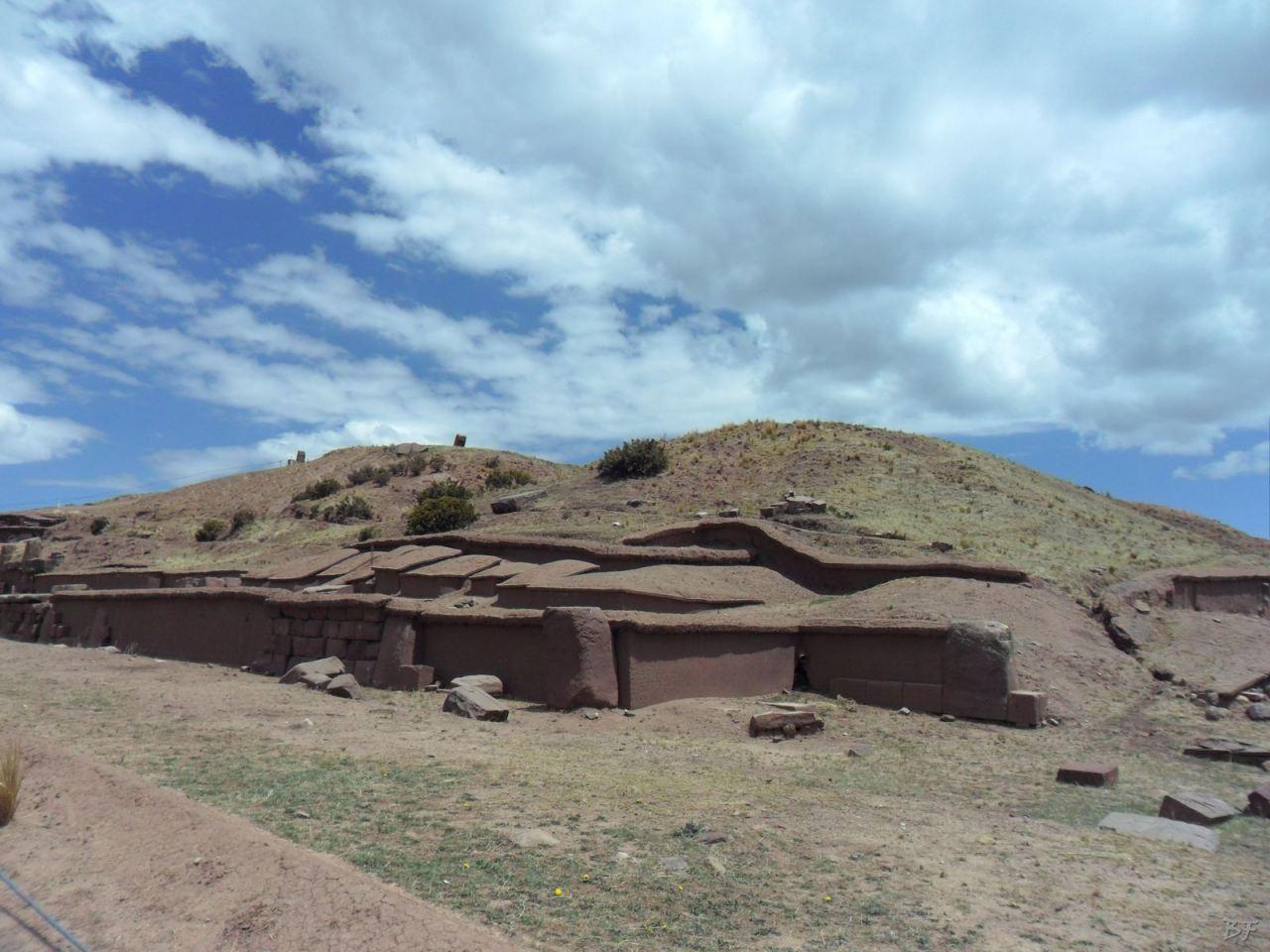 Sito-Megalitico-Piramide-Akapana-Kalasasaya-Menhir-Tiahuanaco-Bolivia-101