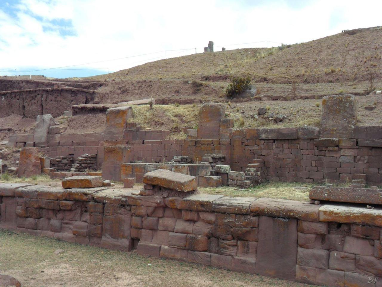 Sito-Megalitico-Piramide-Akapana-Kalasasaya-Menhir-Tiahuanaco-Bolivia-107