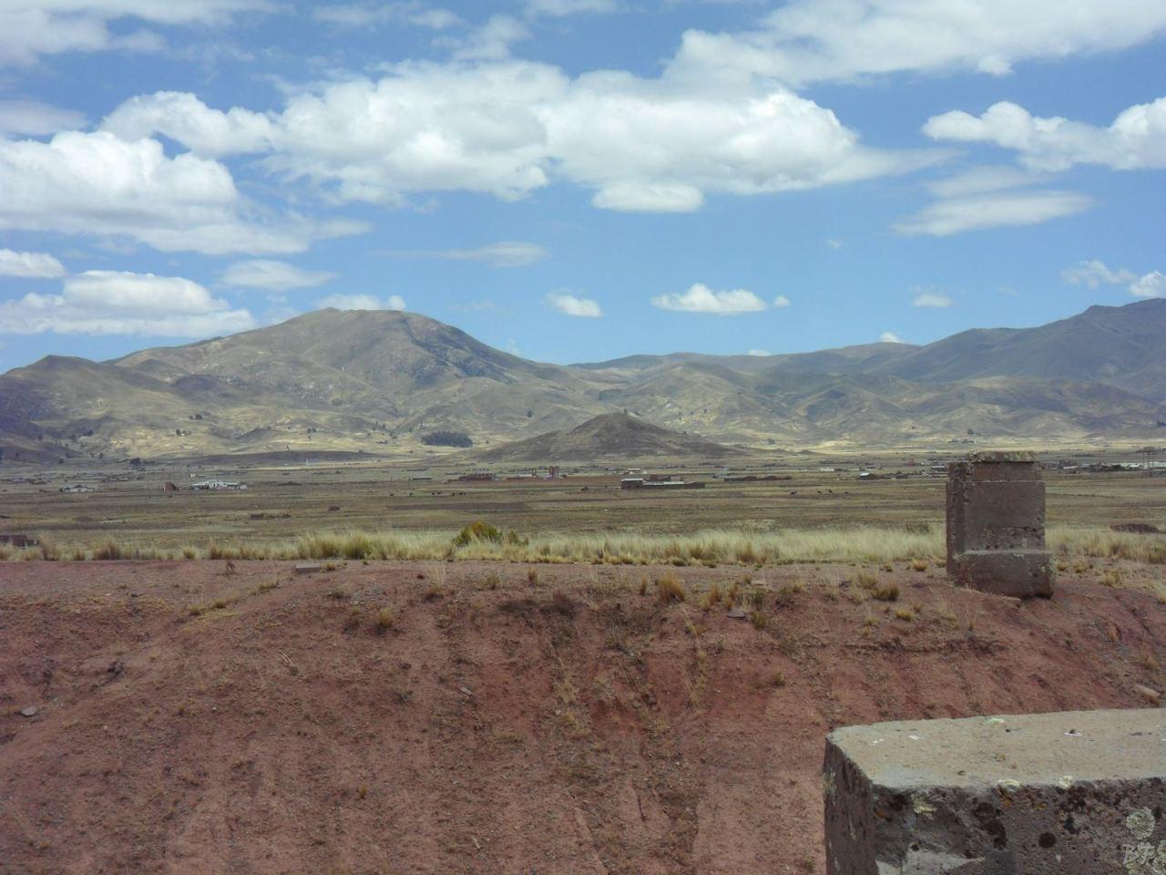 Sito-Megalitico-Piramide-Akapana-Kalasasaya-Menhir-Tiahuanaco-Bolivia-117