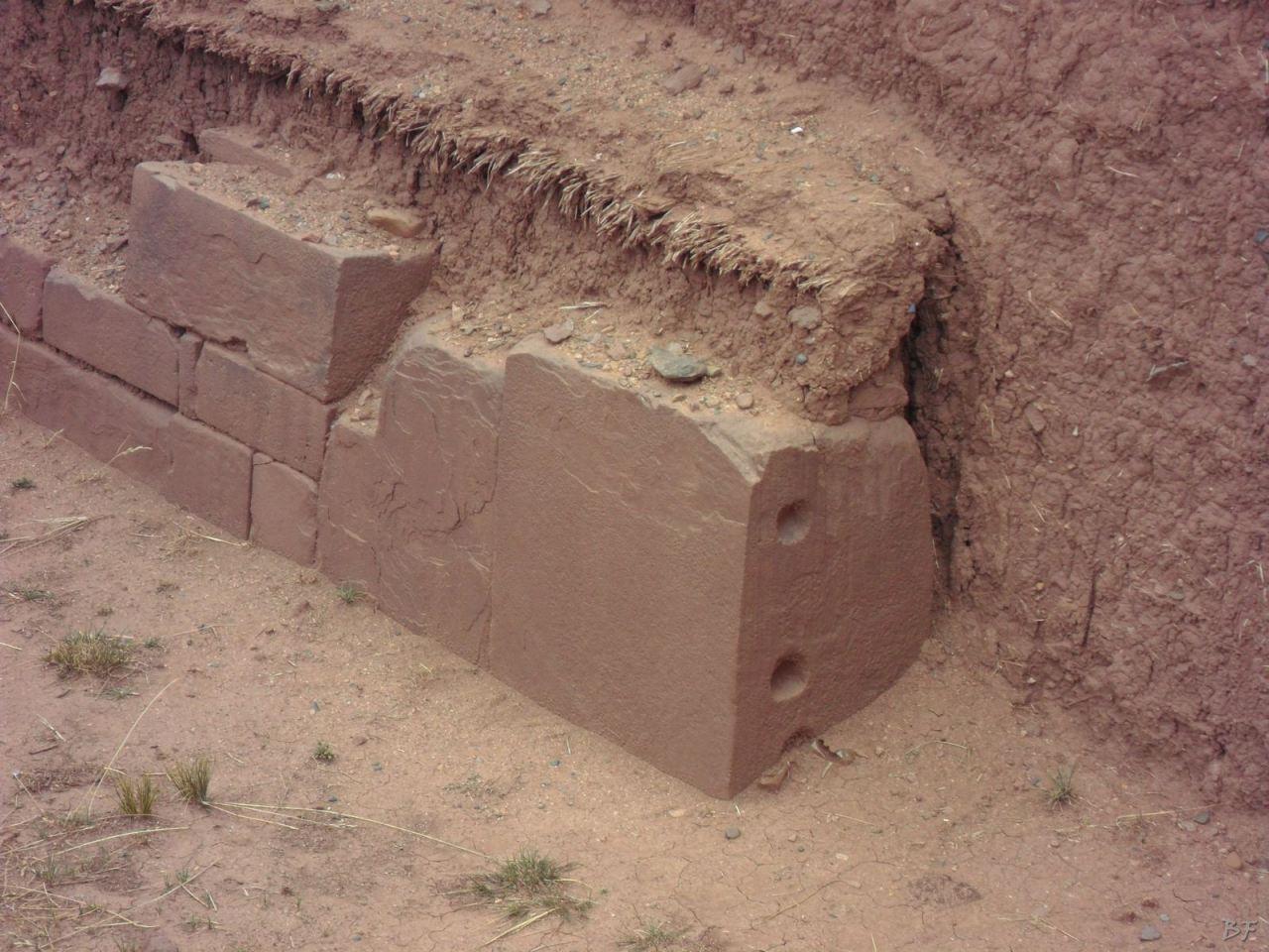 Sito-Megalitico-Piramide-Akapana-Kalasasaya-Menhir-Tiahuanaco-Bolivia-124