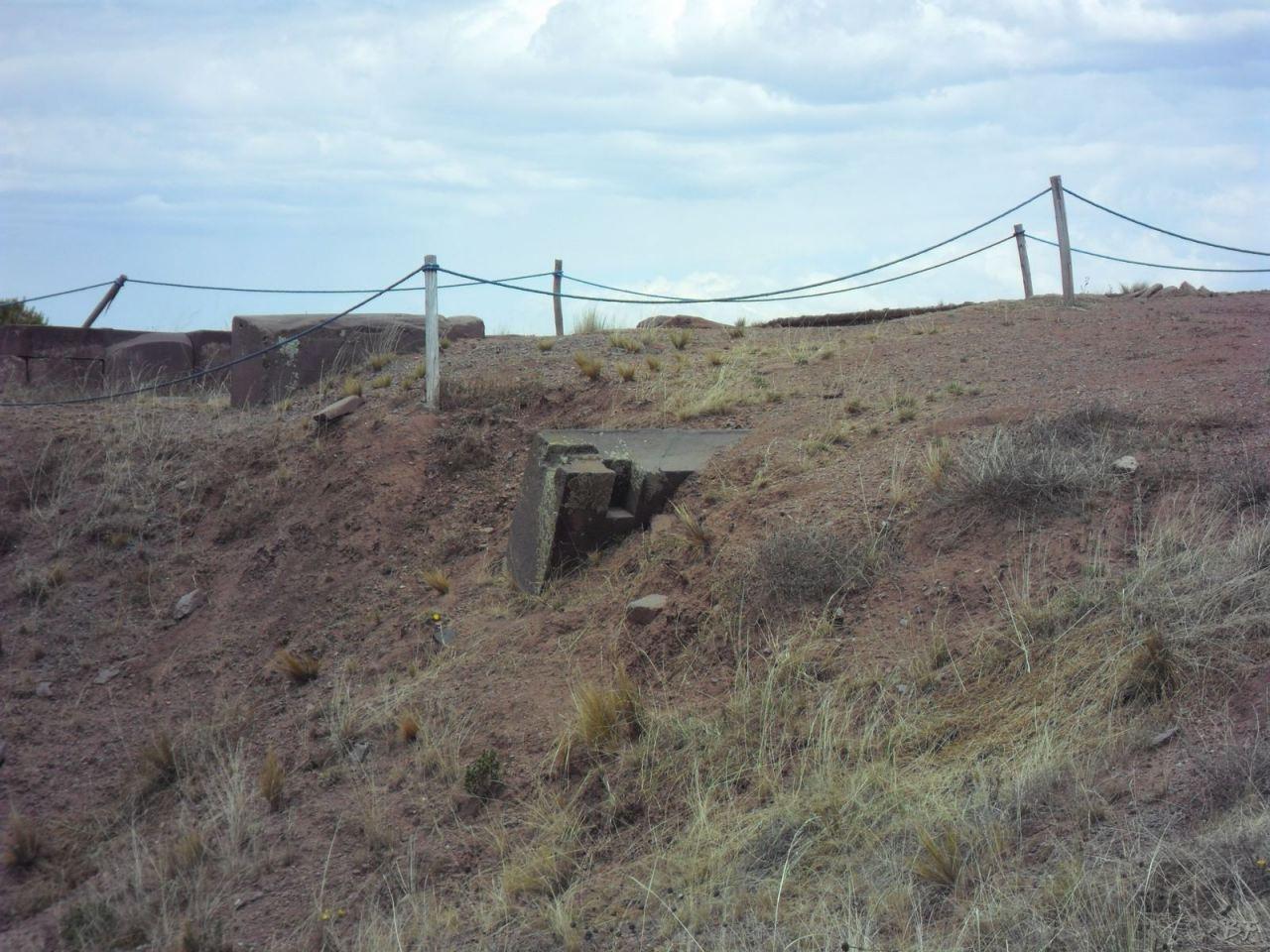 Sito-Megalitico-Piramide-Akapana-Kalasasaya-Menhir-Tiahuanaco-Bolivia-135