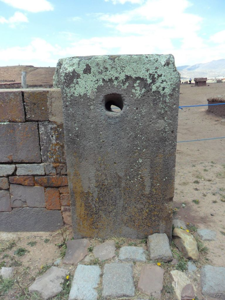 Sito-Megalitico-Piramide-Akapana-Kalasasaya-Menhir-Tiahuanaco-Bolivia-30