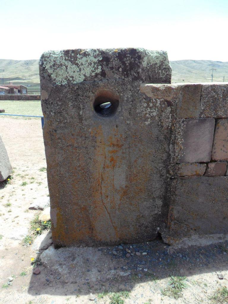 Sito-Megalitico-Piramide-Akapana-Kalasasaya-Menhir-Tiahuanaco-Bolivia-31