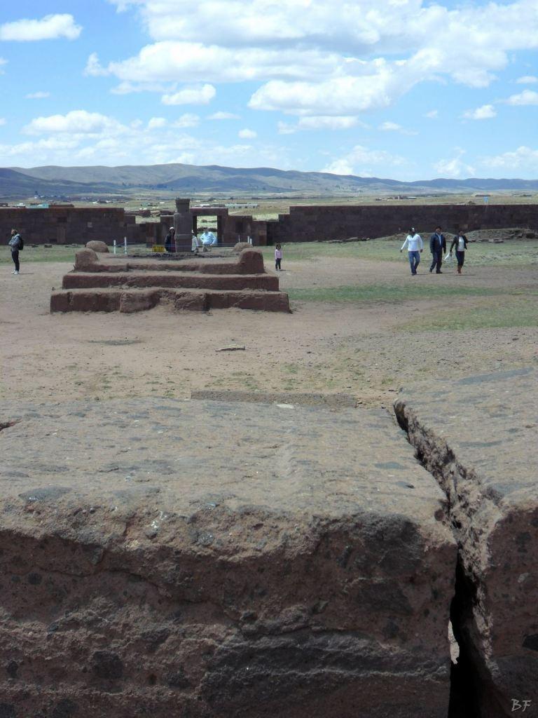 Sito-Megalitico-Piramide-Akapana-Kalasasaya-Menhir-Tiahuanaco-Bolivia-48