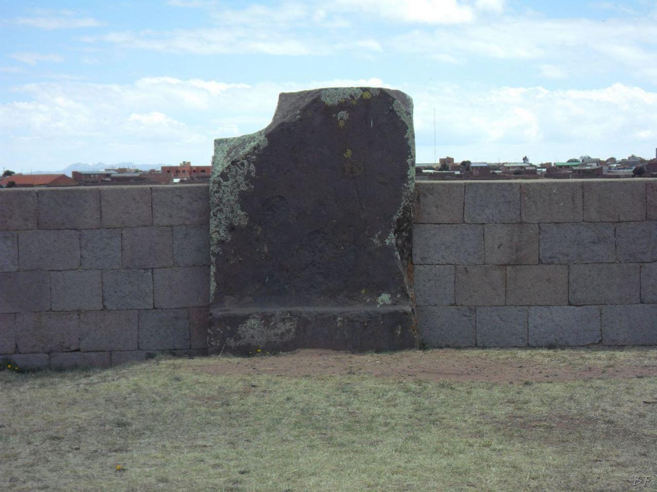 Sito-Megalitico-Piramide-Akapana-Kalasasaya-Menhir-Tiahuanaco-Bolivia-51