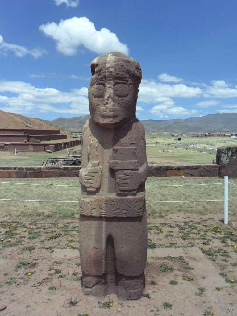 Sito-Megalitico-Piramide-Akapana-Kalasasaya-Menhir-Tiahuanaco-Bolivia-54