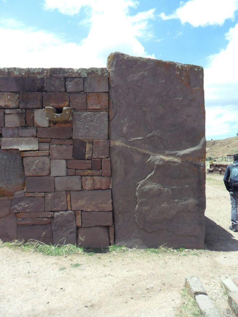 Sito-Megalitico-Piramide-Akapana-Kalasasaya-Menhir-Tiahuanaco-Bolivia-60