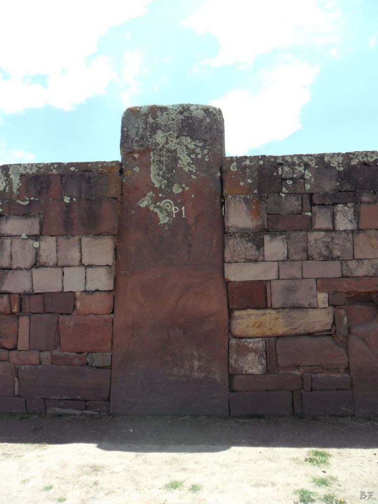 Sito-Megalitico-Piramide-Akapana-Kalasasaya-Menhir-Tiahuanaco-Bolivia-62
