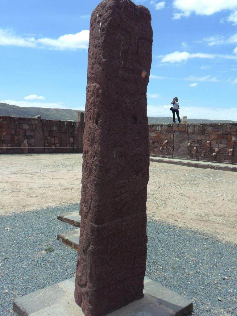 Sito-Megalitico-Piramide-Akapana-Kalasasaya-Menhir-Tiahuanaco-Bolivia-87