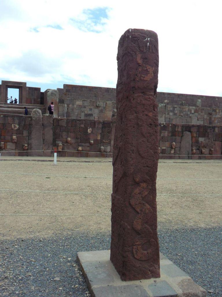 Sito-Megalitico-Piramide-Akapana-Kalasasaya-Menhir-Tiahuanaco-Bolivia-90