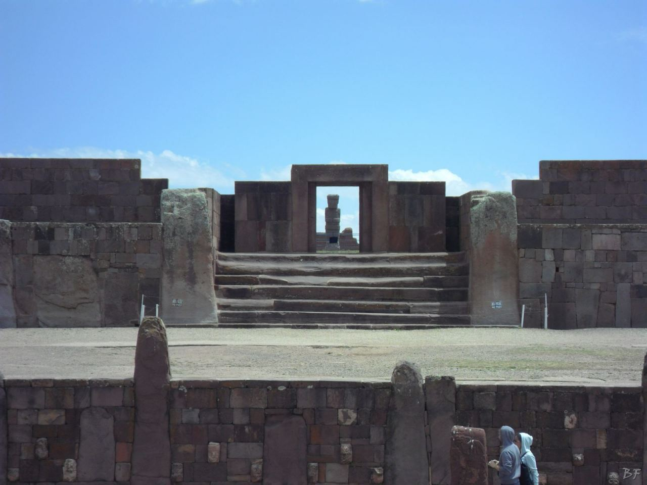 Sito-Megalitico-Piramide-Akapana-Kalasasaya-Menhir-Tiahuanaco-Bolivia-98
