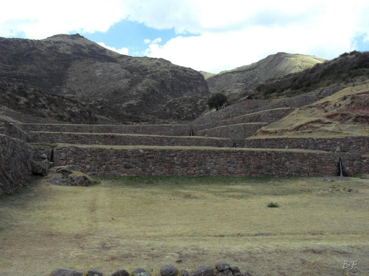 Mura-Poligonali-Megaliti-Tipon-Oropesa-Cusco-Perù-11