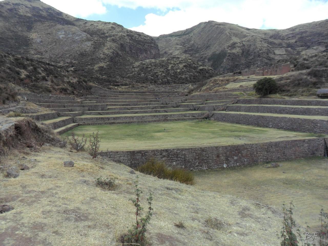 Mura-Poligonali-Megaliti-Tipon-Oropesa-Cusco-Perù-14