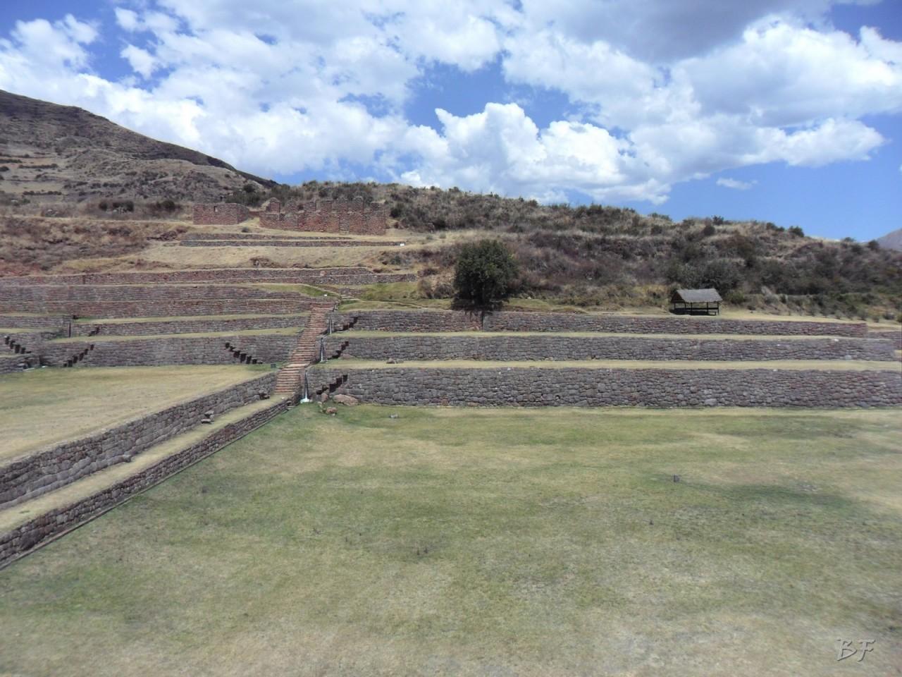 Mura-Poligonali-Megaliti-Tipon-Oropesa-Cusco-Perù-20