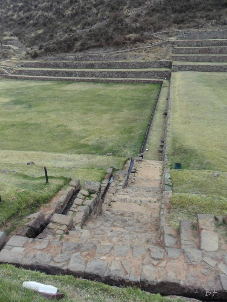 Mura-Poligonali-Megaliti-Tipon-Oropesa-Cusco-Perù-3