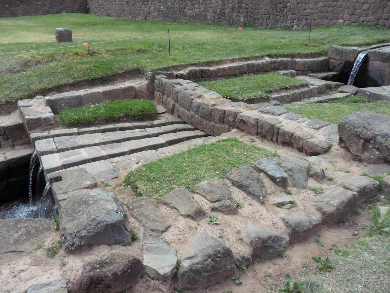 Mura-Poligonali-Megaliti-Tipon-Oropesa-Cusco-Perù-30