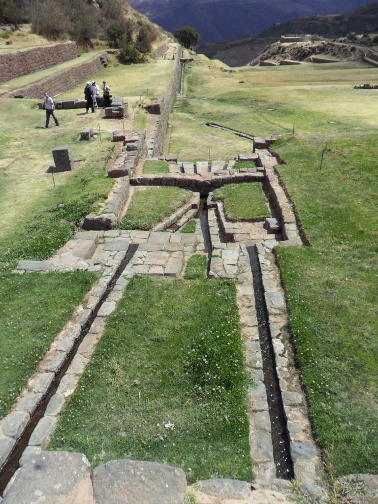 Mura-Poligonali-Megaliti-Tipon-Oropesa-Cusco-Perù-35