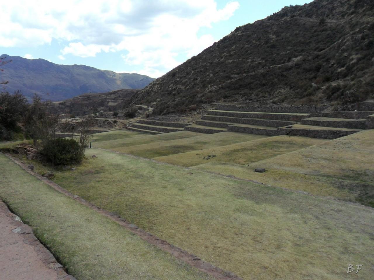Mura-Poligonali-Megaliti-Tipon-Oropesa-Cusco-Perù-38