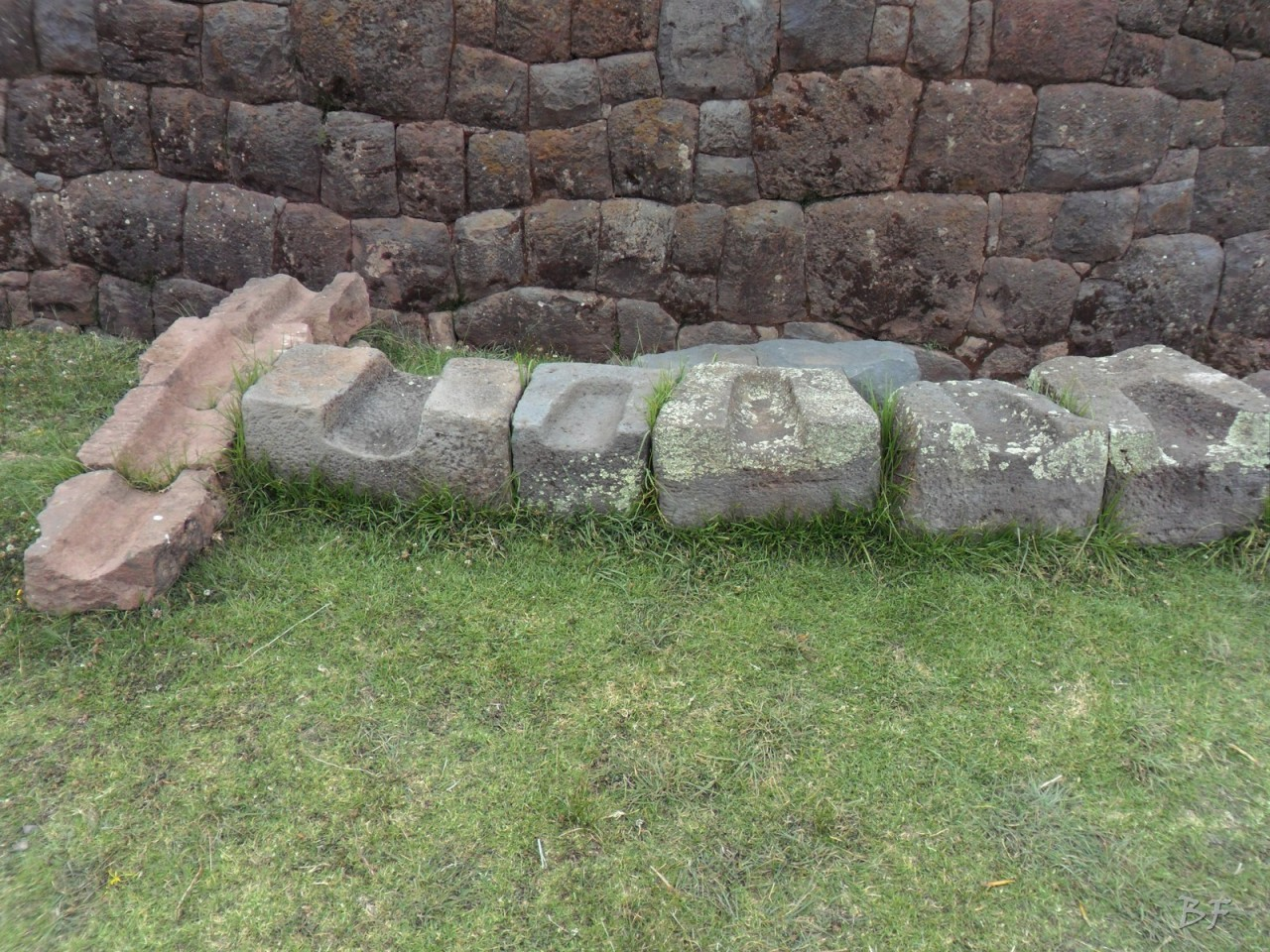 Mura-Poligonali-Megaliti-Tipon-Oropesa-Cusco-Perù-43